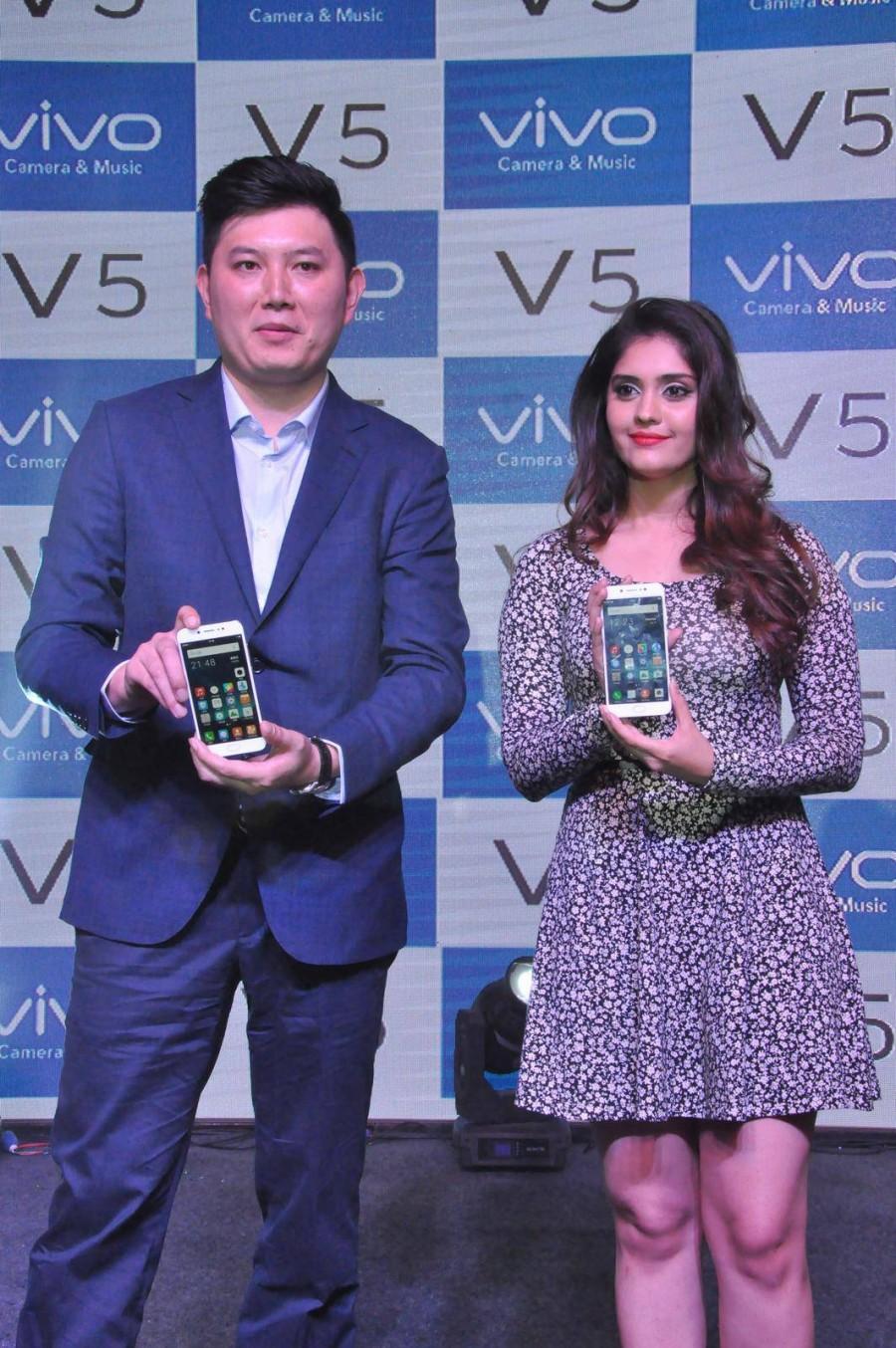 Surabhi and Pooja Sri,Surabhi,Pooja Sri,Vivo V5 Mobile Launch,Vivo V5 Mobile,Vivo V5,Vivo V5 Mobile Launch pics,Vivo V5 Mobile Launch images,Vivo V5 Mobile Launch photos,Vivo V5 Mobile Launch stills,Vivo V5 Mobile Launch pictures