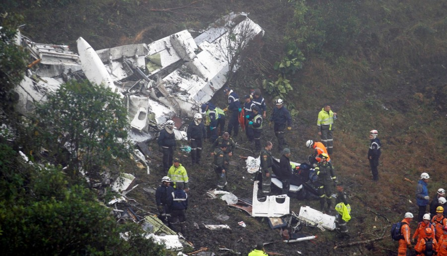 Brazilian soccer team crashes,Plane crash,Brazilian soccer team,Chapecoense,Colombian mountains