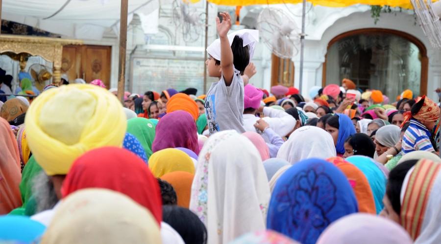 Baisakhi celebration at Golden Temple,Baisakhi celebration pictures,Baisakhi celebration images,Baisakhi 2015,Baisakhi celebration at Golden Temple Photos,Amritsar : Baisakhi celebration at Golden Temple,Golden Temple,Amritsar,AMRITSAR : Baisakhi celebra