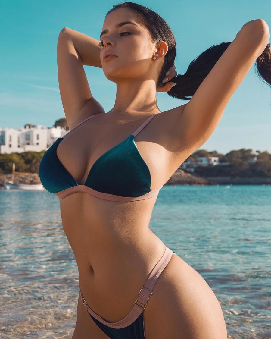 underwear tgp latina pics