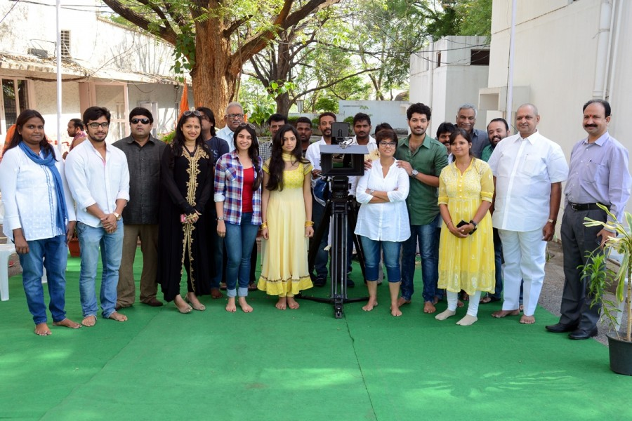 Nagarjuna at Ayaan Creations new Movie Launch,Ayaan Creations new Movie Launch photos,Ayaan Creations new Movie Launch images
