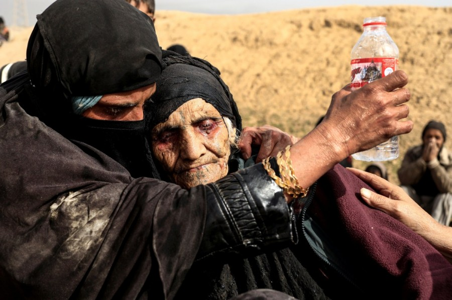 Zohra Bensemra,Reuters photojournalist,Guardian newspaper,Islamic State,Rohingya refugee crisis