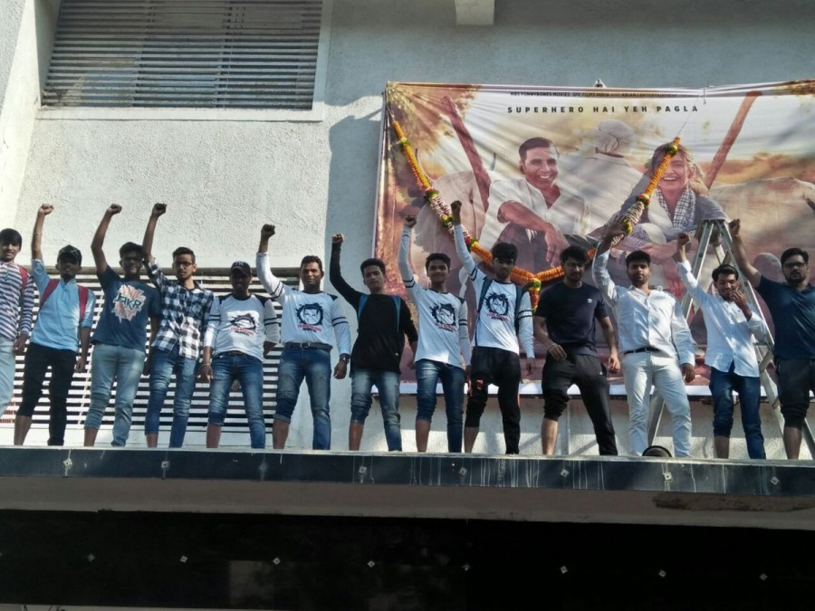 PadMan mania,PadMan release,PadMan movie release,Akshay Kumar,Akshay Kumar fans