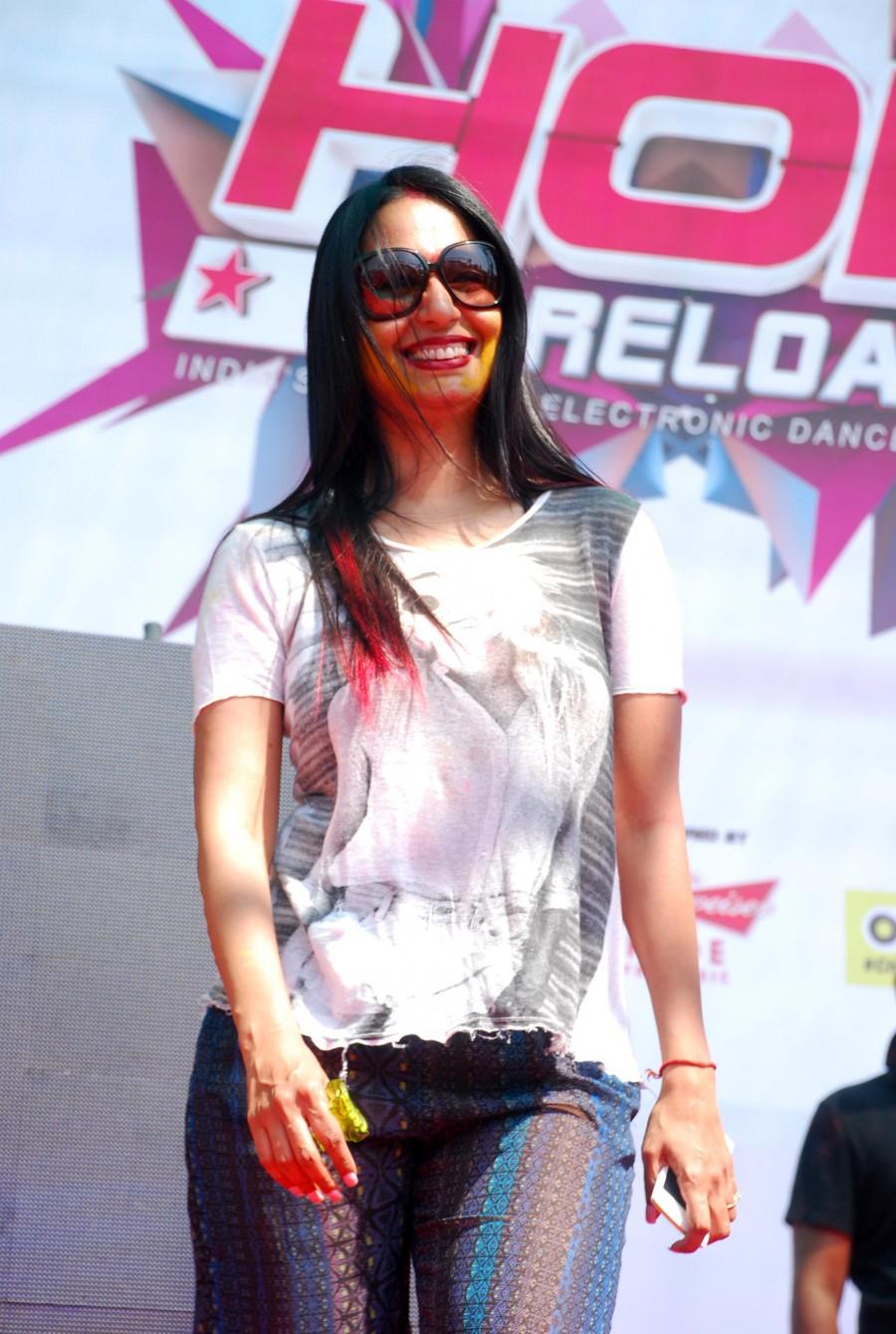 Holi celebration,holi 2015,#HappyHoli,TV actors,Television industry,kushal tandon,Bigg Boss,Apurva Agnihotri,Kamya Punjabi,Plus91 Reloaded,Ganesh Acharya,Hey Bro,Photos