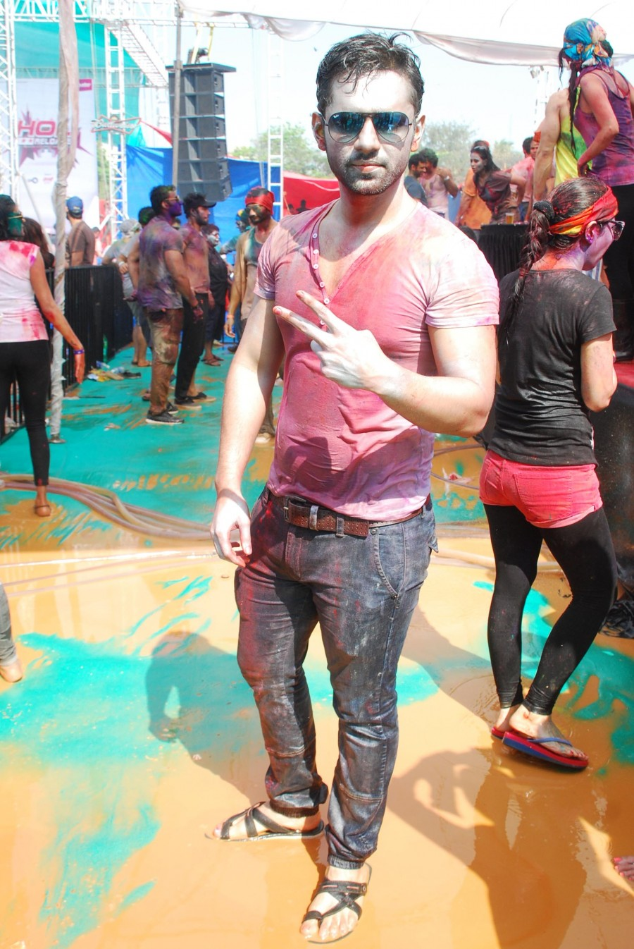 Holi celebration,holi 2015,#HappyHoli,TV actors,Television industry,kushal tandon,Bigg Boss,Apurva Agnihotri,Kamya Punjabi,Plus91 Reloaded,Ganesh Acharya,Hey Bro,Photos