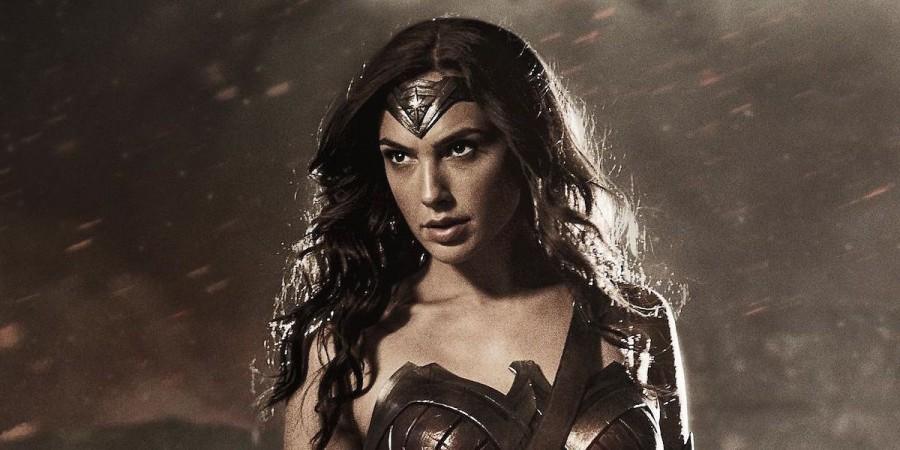 Gal Gadot goes to war in latest 'Wonder Woman' trailer