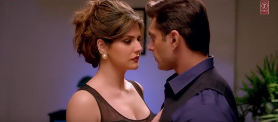 Hate Story 3: Karan Singh Grover, Zareen Khan keep it steamy in 'Wajah Tum Ho' song