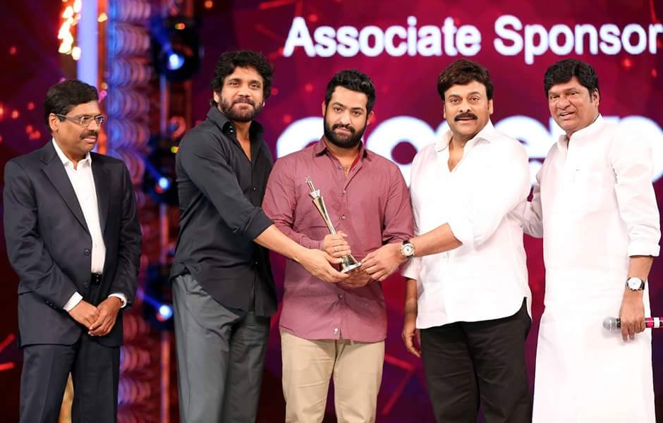 CineMAA Awards 2016,CineMAA Awards,CineMAA Awards 2016 photos,CineMAA Awards 2016 live updates,Chiranjeevi,Allu Arjun,Ram Charan,Jr Ntr,CineMAA Awards 2016 pics,CineMAA Awards 2016 images,CineMAA Awards 2016 stills,CineMAA Awards 2016 pictures