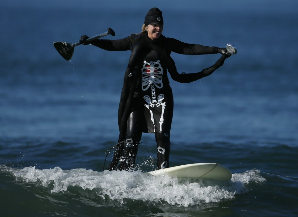 Halloween surf contest