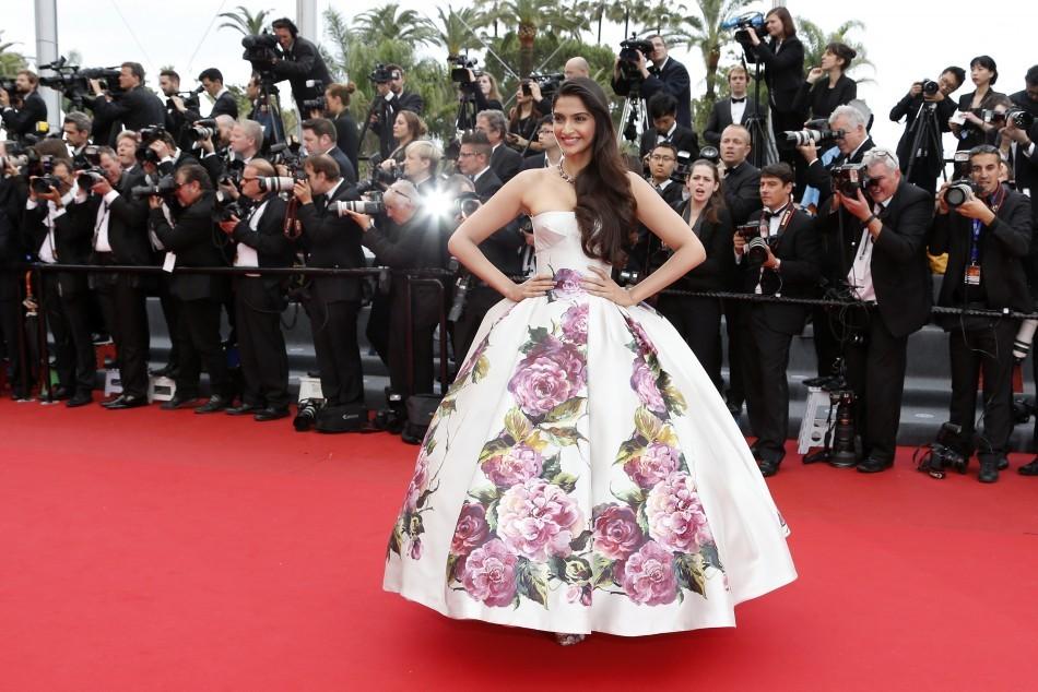Sonam Kapoor at Cannes Film Festival 2013 Red Carpet