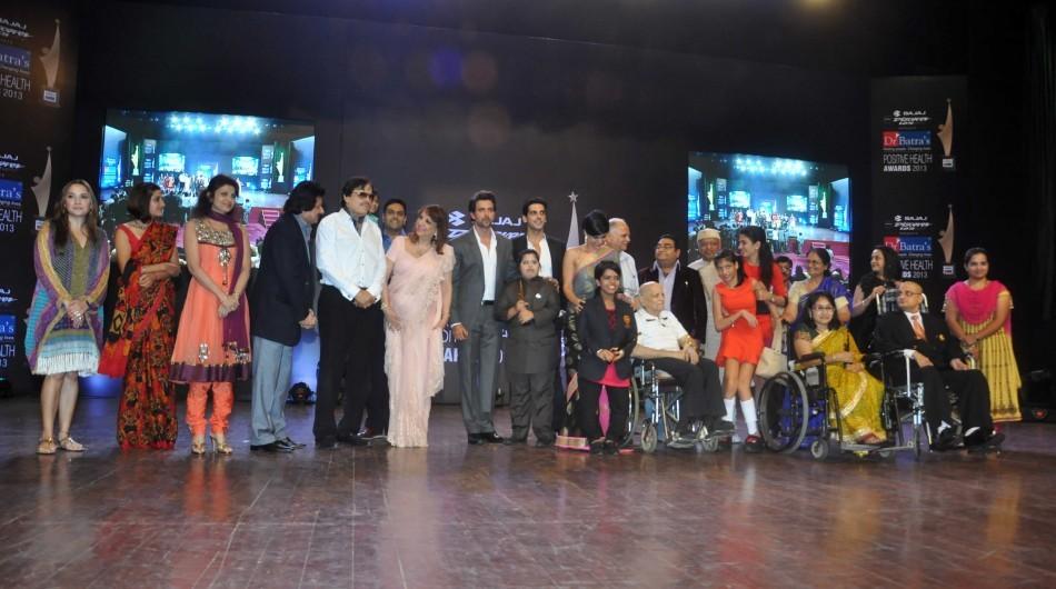 Hrithik Roshan Sanjay Khan,Zarine Khan ,Zayed Khan,Malaika Parekh