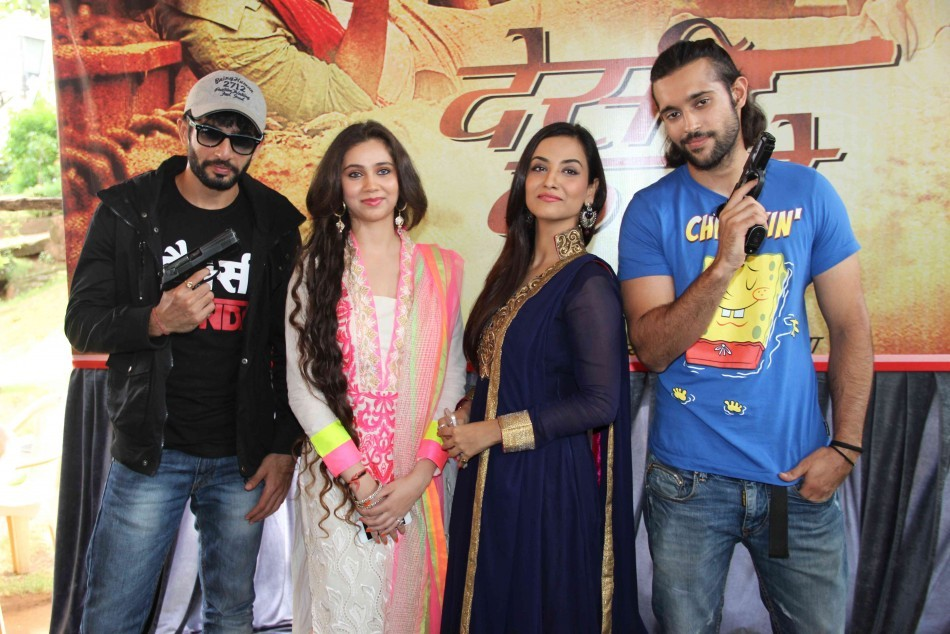 Tia Bajpai ,Sahsa Agha ,Jay Bhanushali