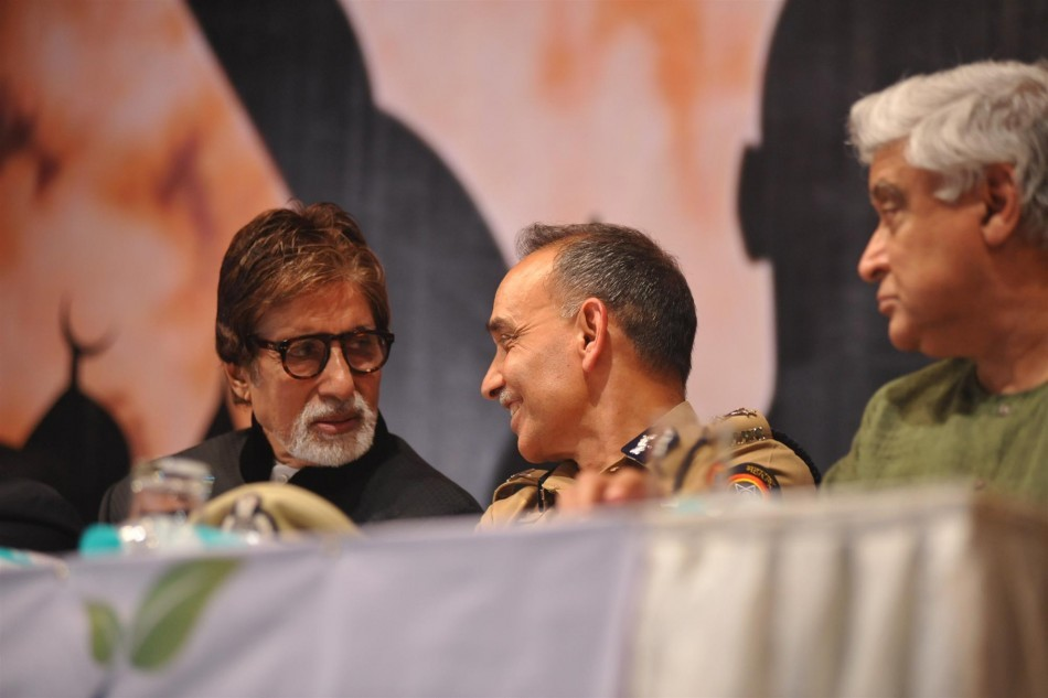"Amitabh Bachchan, Javed Akhtar,Satyapal Singhat book launch of ""Talash Inshan Ki"""