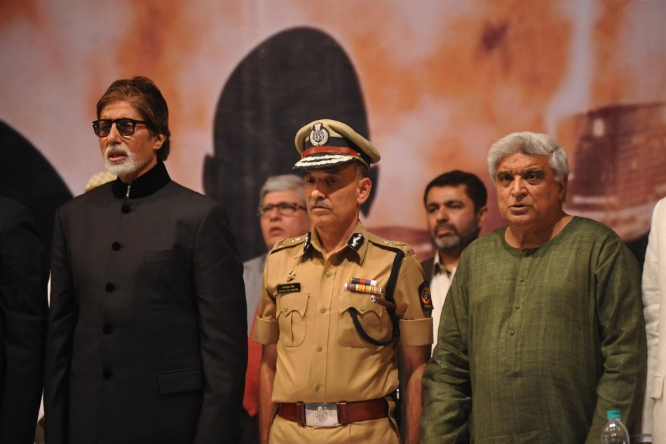 "Amitabh Bachchan, Javed Akhtar,Satyapal Singh at book launch of ""Talash Inshan Ki"""