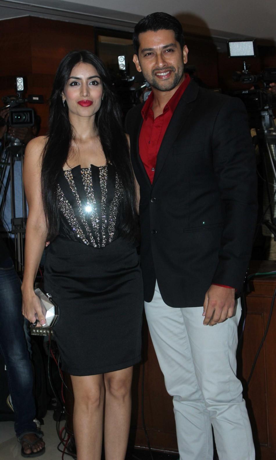 Aftab Shivdasani with girl friend Nin Dusanj