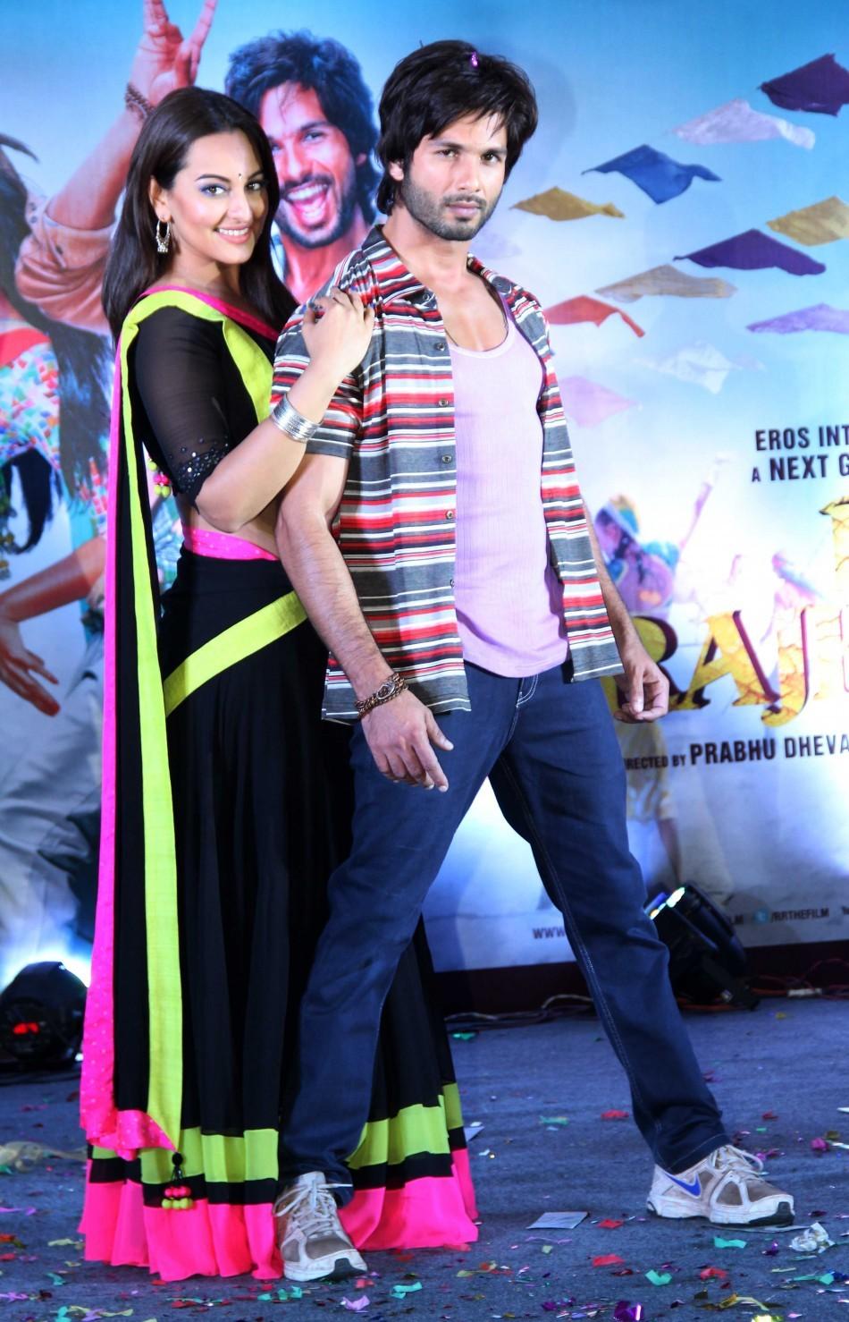 Shahid Kapoor, Sonakshi Sinha