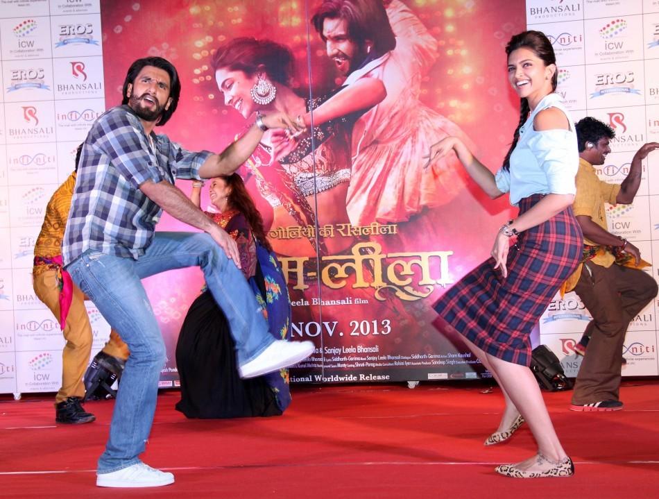 'Ram-leela': Deepika Padukone Shakes Leg with Ranveer ...