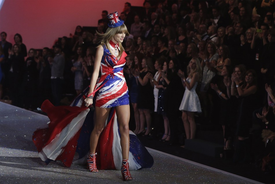 Singer Taylor Swift performs during the annual Victoria's Secret Fashion Show in New York