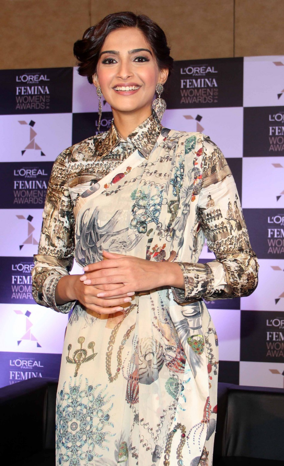Sonam Kapoor at the 3rd edition of L'Oreal  Paris Femina Women Awards nominee announcementSonam Kapoor at the 3rd edition of L'Oreal  Paris Femina Women Awards nominee announcement