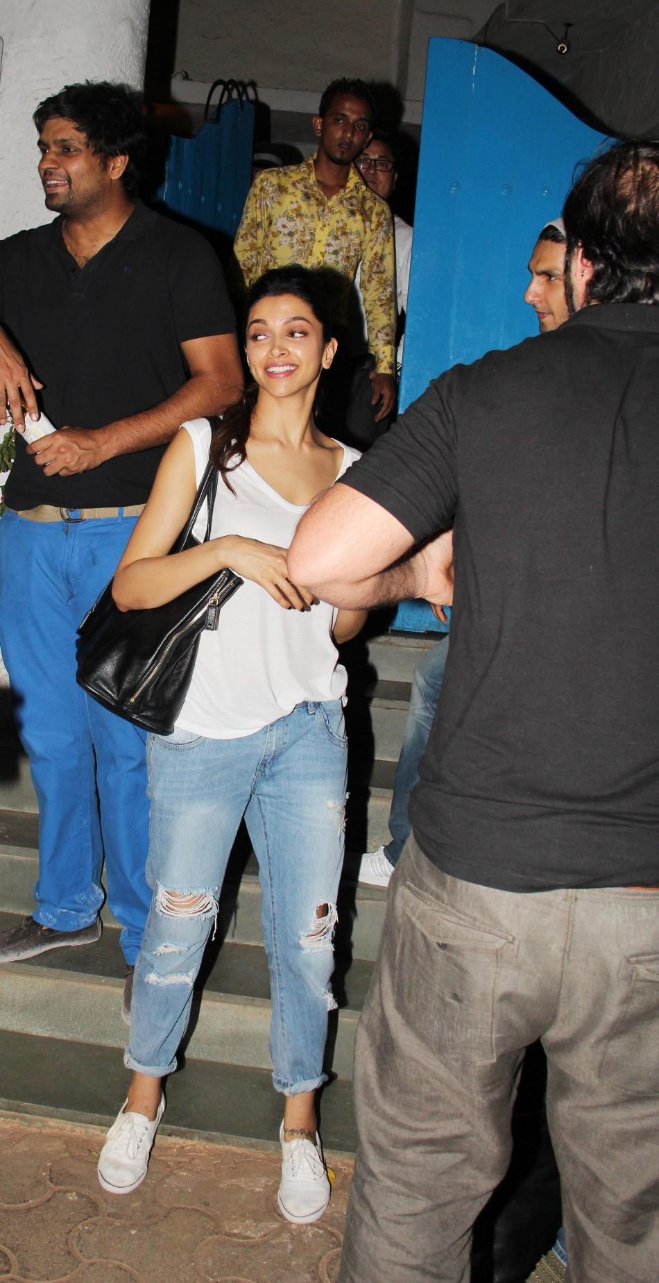 Ranveer Singh and Deepika Padukone snapped at Olive Bar