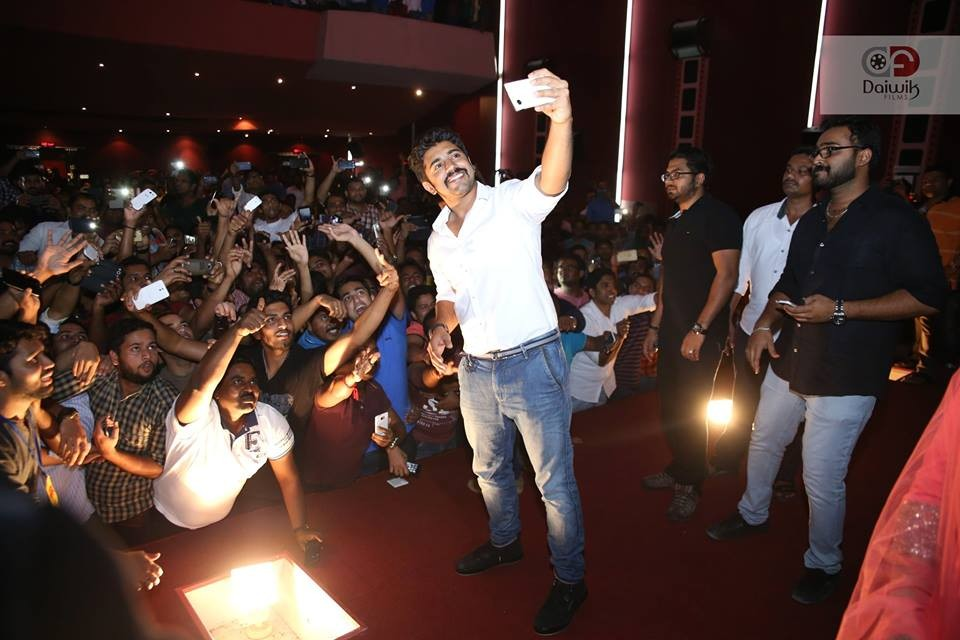 Oru vadakkan selfie,oru vadakkan selfie team,oru vadakkan selfie in dubai,nivin pauly,Manjima Mohan,aju varghese,neeraj madhav,Vineeth sreenivasan