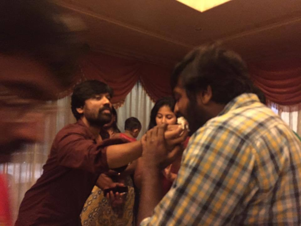 Sj Suryah Birthday Celebration,Sj Suryah Birthday Celebration pics,Sj Suryah Birthday Celebration images,Sj Suryah Birthday Celebration photos,Sj Suryah Birthday Celebration stills,Sj Suryah Birthday Cele,Sj Suryah Birthday Celebration with Iraivi Team,Ir