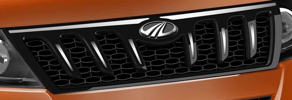 Mahindra 2015 XUV500 Facelift