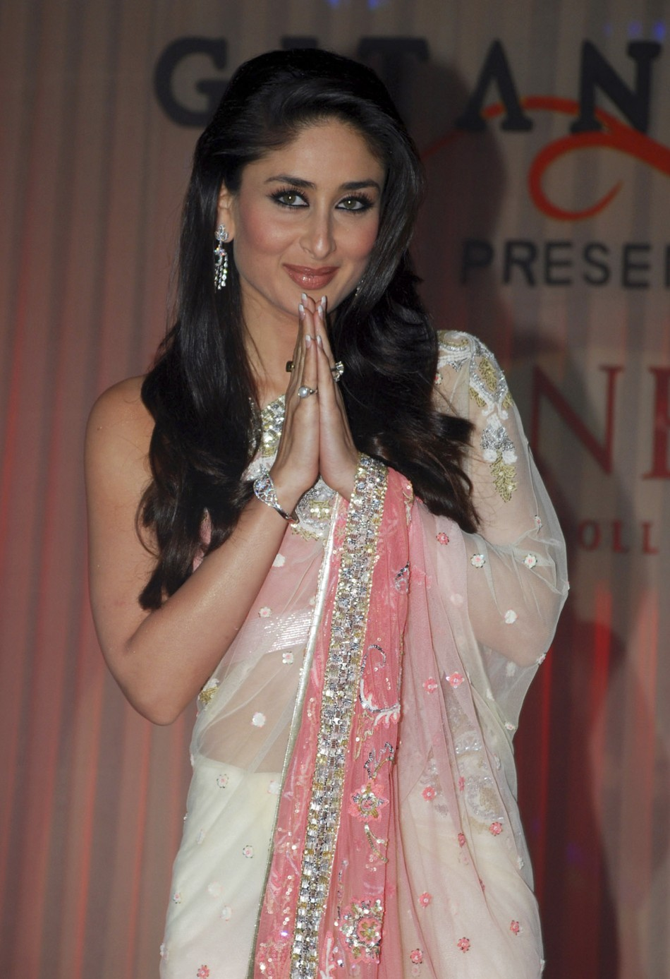 After Aishwarya Rai Bachchan, Kareena Kapoor Khan Turns Down 'Nach ...