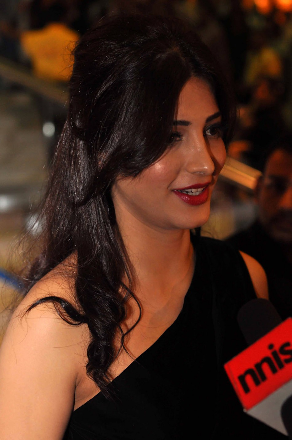 Indian actress Shruti Hasan at SIIMA awards 2012 in Dubai. Image: SIIMA