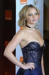 how to get my pictures back from icloud