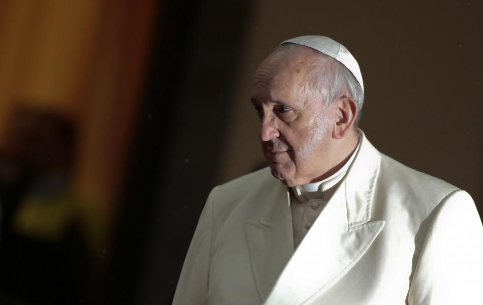 Jornal italiano afirma que Papa Francisco é alvo do Estado Islâmico
