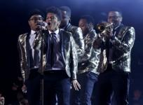 bruno-mars-at-nfl-super-bowl-reuters