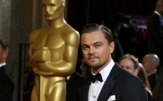 leonardo-dicaprio-best-actor-nominee-for-his-role-in-the-film-quotthe-wolf-of-wall-streetquot-arrives-at-the-86th-academy-awards-in-hollywood
