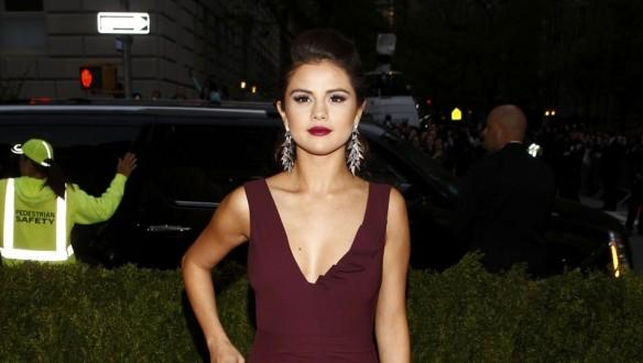 actress-selena-gomez-arrives-at-the-metropolitan-museum-of-art-costume-institute-gala-benefit-celebrating-the-opening-of-quotcharles-james-beyond-fashionquot-in-upper-manhattan-new-york-may-5-2014-reuters-carlo-allegri