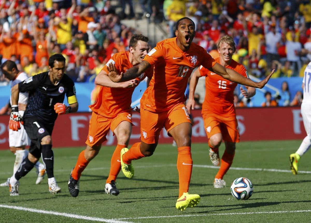 Смотреть футбол нидерланды чили 4 фотография