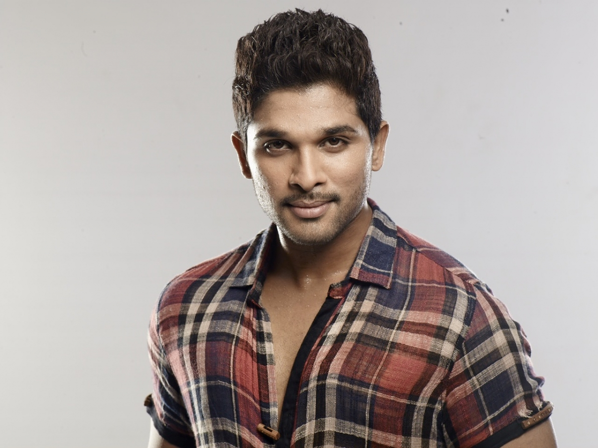 Allu Arjun Trivikram Film To Release On 5 February Will It Clash With Rudhramadevi
