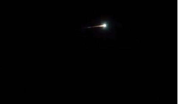 UFO Sighting: Damaged and Smoky UFO Sighted Over Melbourne [VIDEO]
