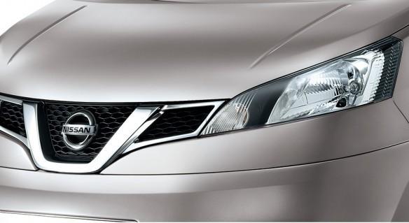 Nissan Updates Evalia Ahead of Honda Mobilio Launch; Price, Feature Details