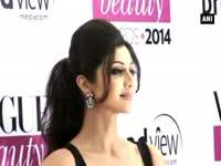 b-town-puts-their-best-fashion-foot-forward-at-vogue-beauty-awards-2014