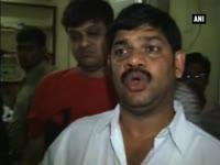 cctv-captures-3-year-old-kid-brutally-beaten-by-home-tutor-in-kolkata-complaint-lodged