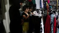 aleppo-residents-receive-new-clothes-for-eid-at-end-of-ramadan