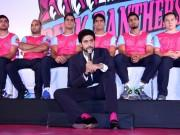 Abhishek Bachchan introduces Jaipur Pink Panthers Kabbadi team players