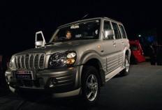 2014 Mahindra Scorpio Facelift Interiors Spied