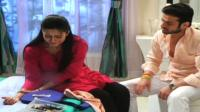 raman-uses-shock-therapy-on-ishita-yeh-hai-mohabbatein