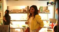 sexy-twinkle-khanna-at-a-store-launch