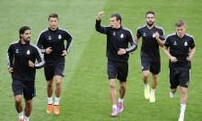 Sami Khedira Cristiano Ronaldo Gareth Bale Daniel Carvajal Toni Kroos Real Madrid