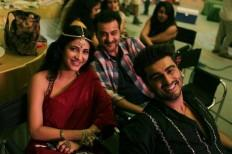 Shruti Haasan, Sanjay Kapoor, Arjun Kapoor on the sets of Tevar