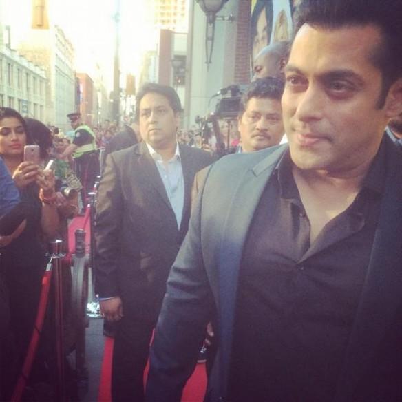 Salman Khan promotes Isabel Kaif's 'Dr Cabbie'