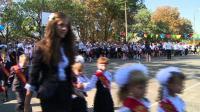 children-go-back-to-school-in-ukraines-troubled-east