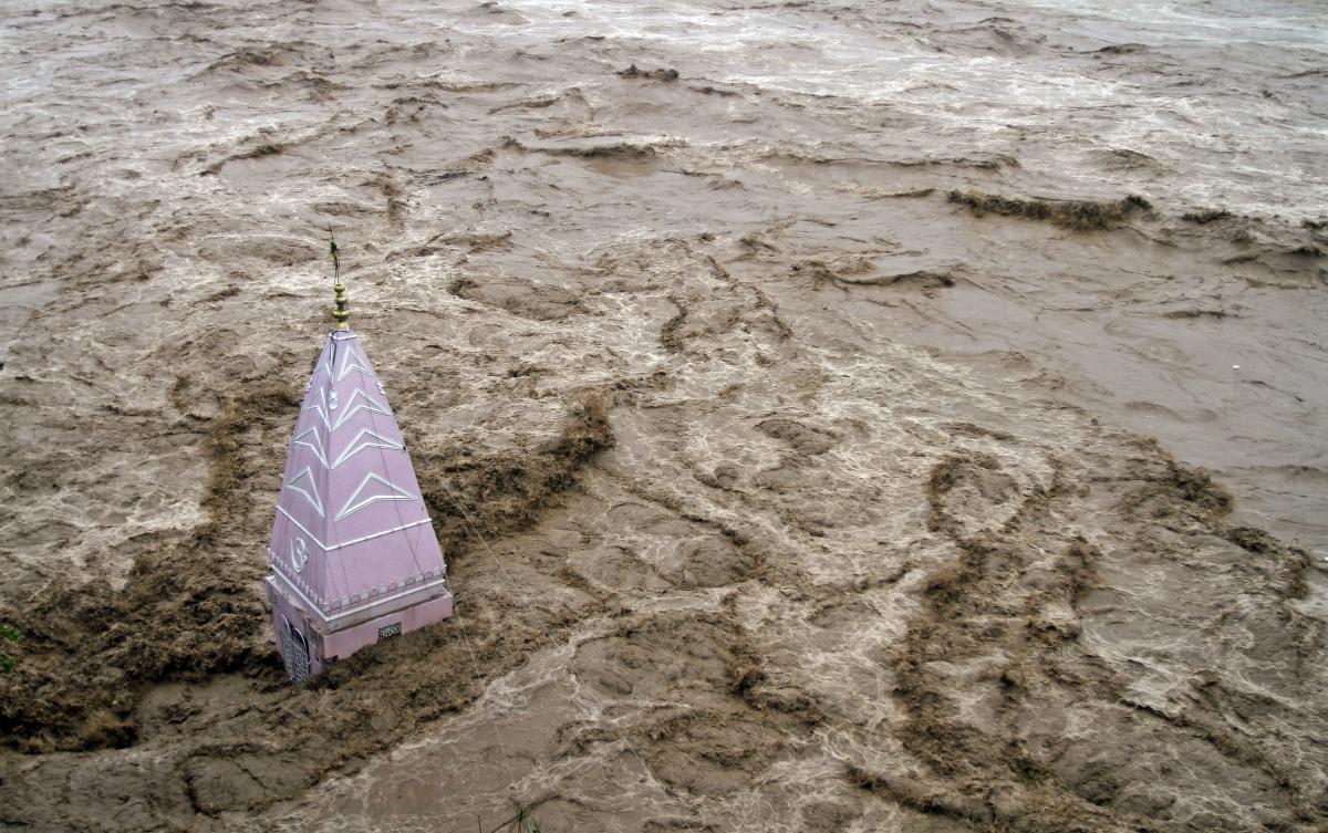 Kashmir Floods: How an Ignored Warning Cost 200 Lives ... Uttarakhand Temple Disaster